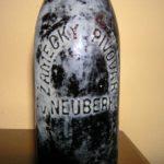 Stará pivní láhev ZÁMECKÝ PIVOVAR V NEUBERKU !!!