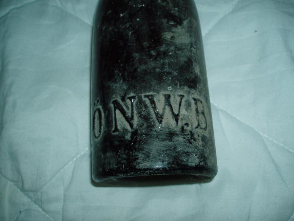 Stará láhev O.N.W.B.