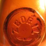 Stará láhev s pečetí ZBOŘIL ……